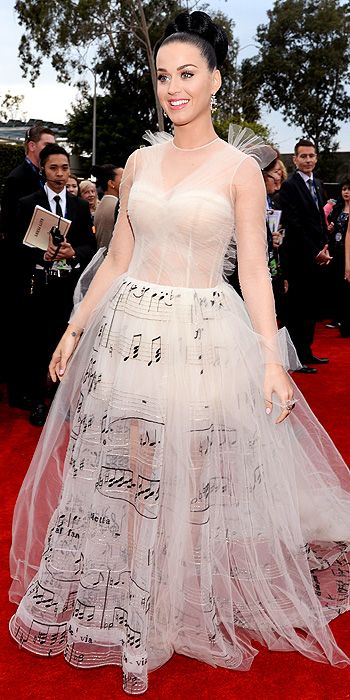 Katy Perry in Valentino.