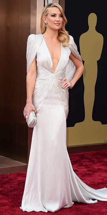Kate Hudson in Atelier Versace.
