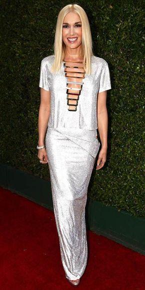 Gwen Stefani in Versace.