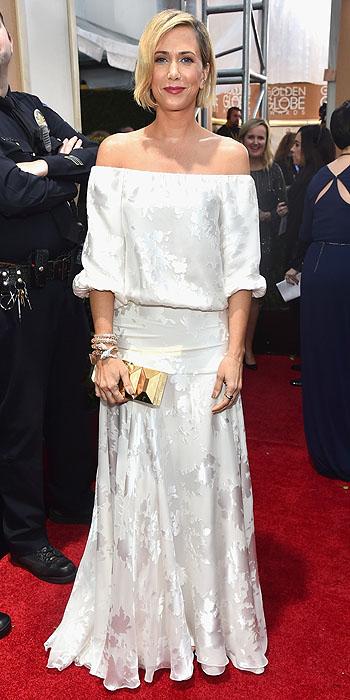 Kristen Wiig in Delphine Manivet.